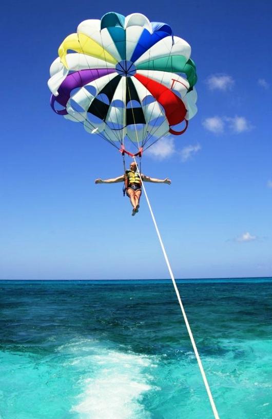parasailng in Sicilia