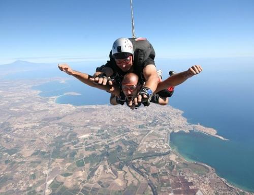 Sky diving in Sicily