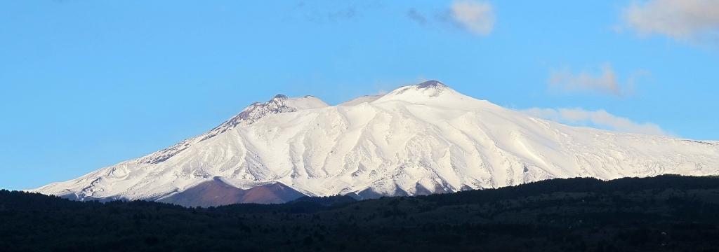 Etna visto da Linguaglossa - Ph Ignazio Mannarano