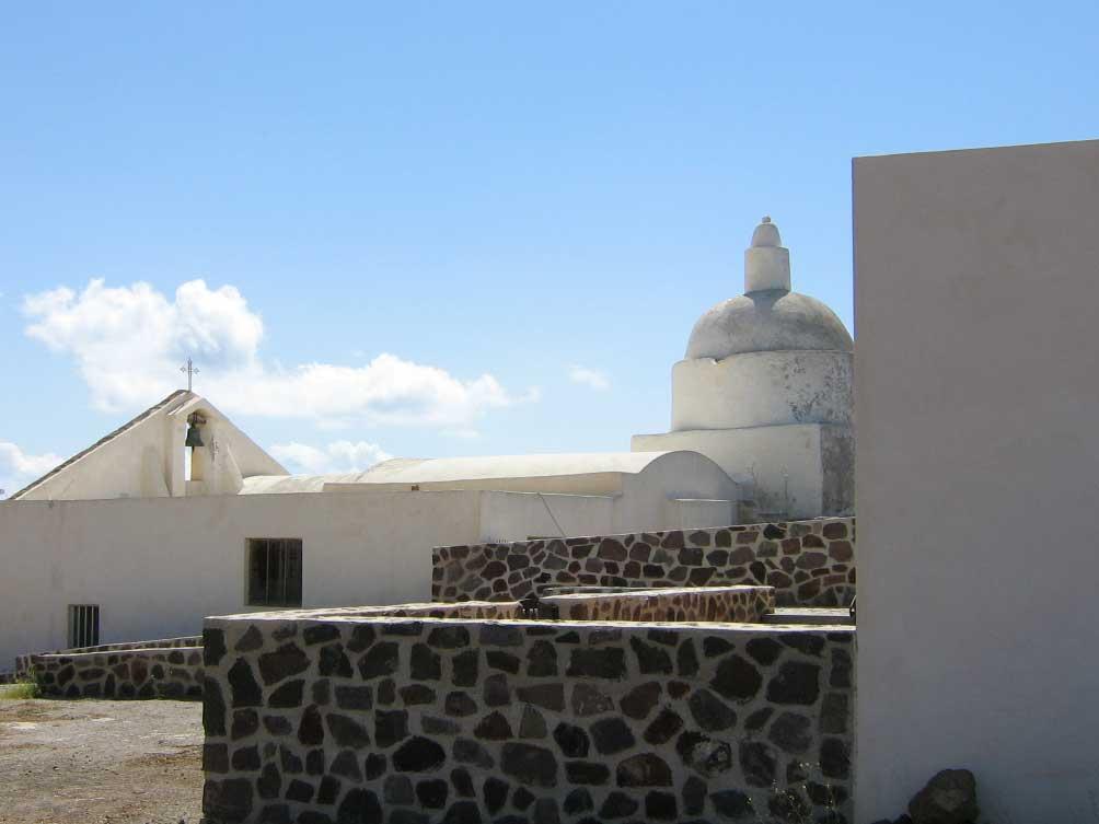 Chiesa Vecchia di Quattro Pani (Robianni)