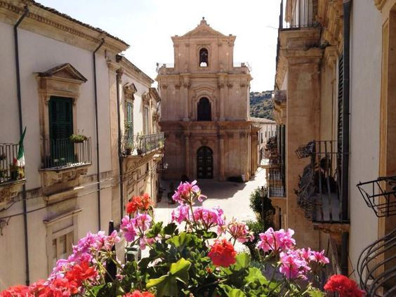 Scicli UNESCO Sicilia - by giusy urbano/pin