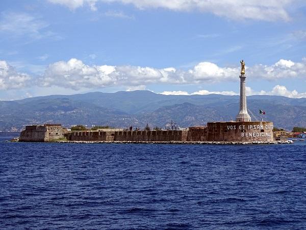 Messina - Madonnina del Porto