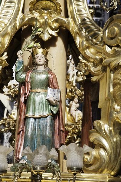 La statua della Santa - Sviluppo