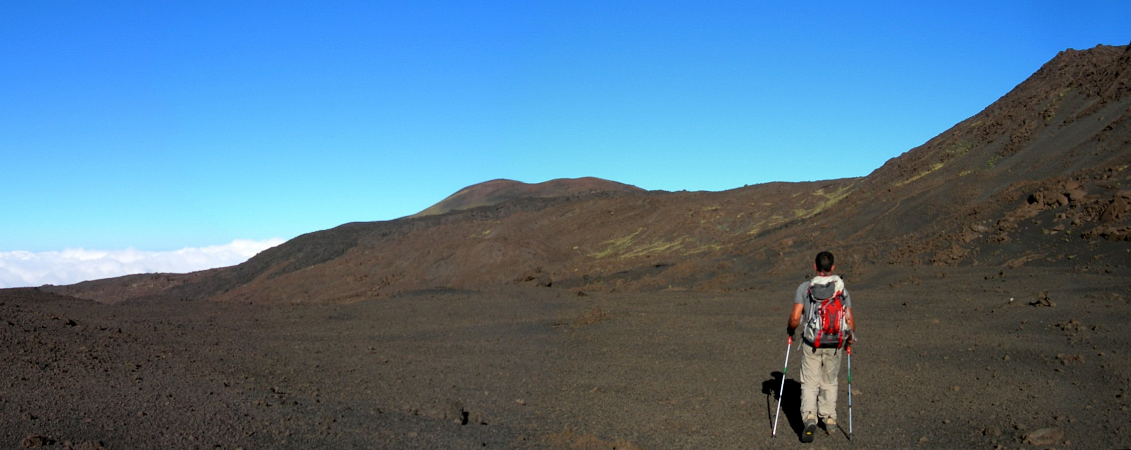 Walking trekking etna