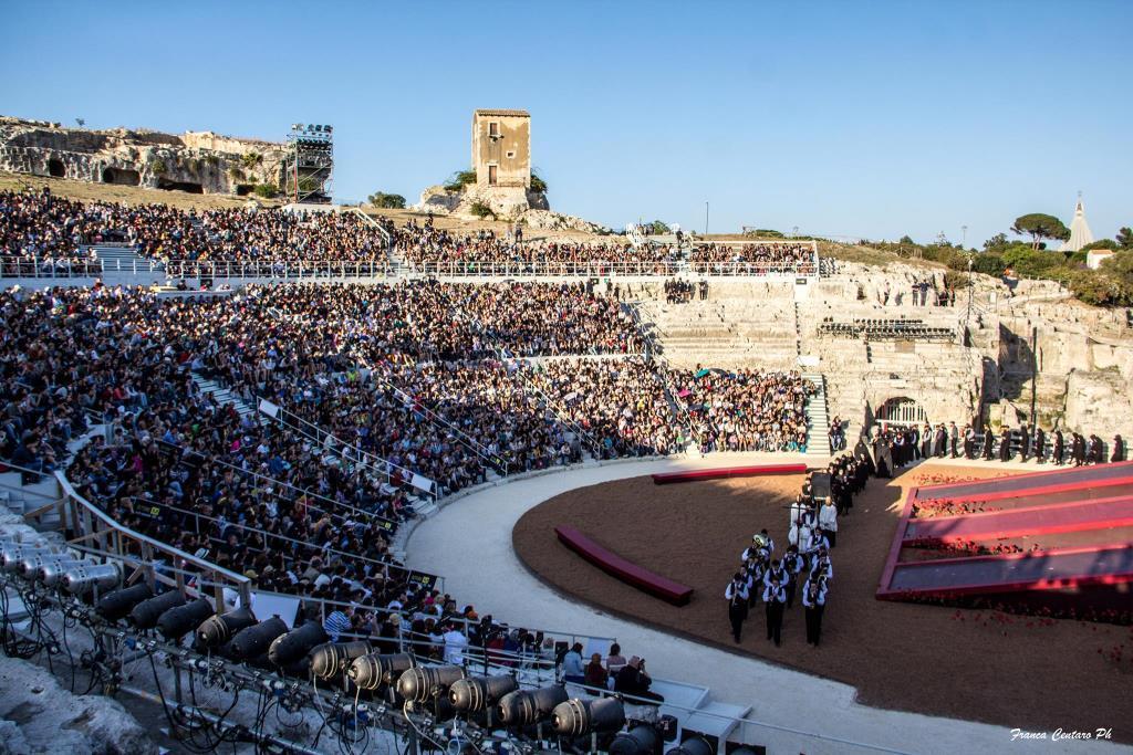 Teatro greco siracusa visit sicily - Bagno ebraico siracusa ...