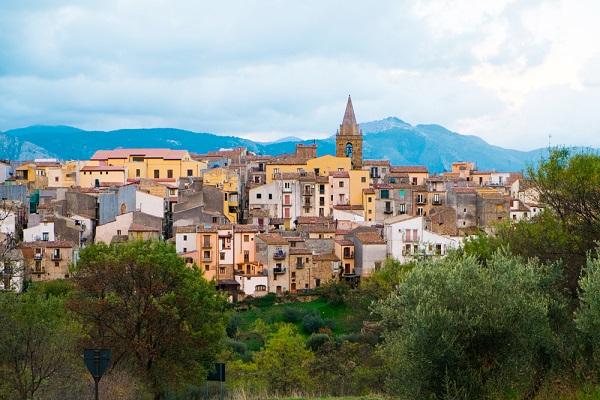 Castelbuono, immerso nelle Madonie - Elisa Locci