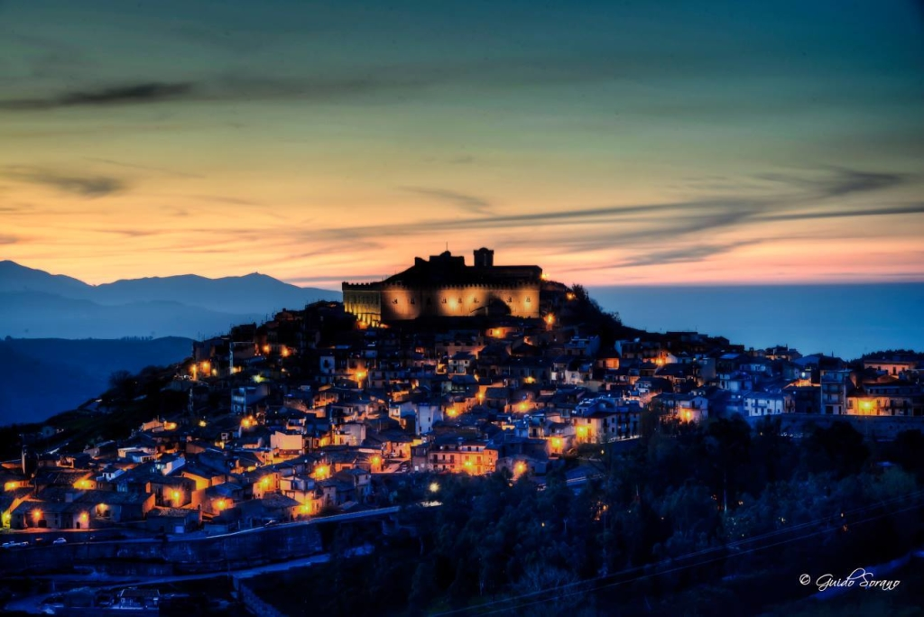 Montalbano Elicona,  Borgo tra i più belli d'Italia - ph. Guido Sorano