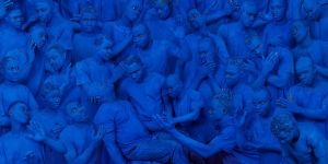 4_Liu Bolin_Blue Europe LD