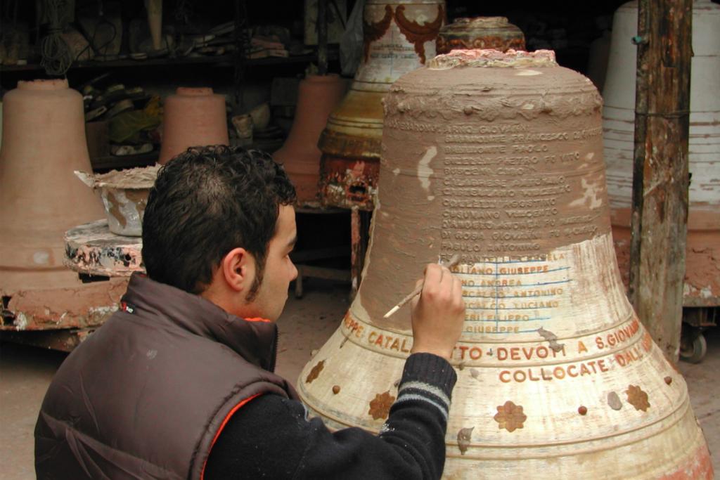 campane Burgio - ph. Fonderia Virgadamo