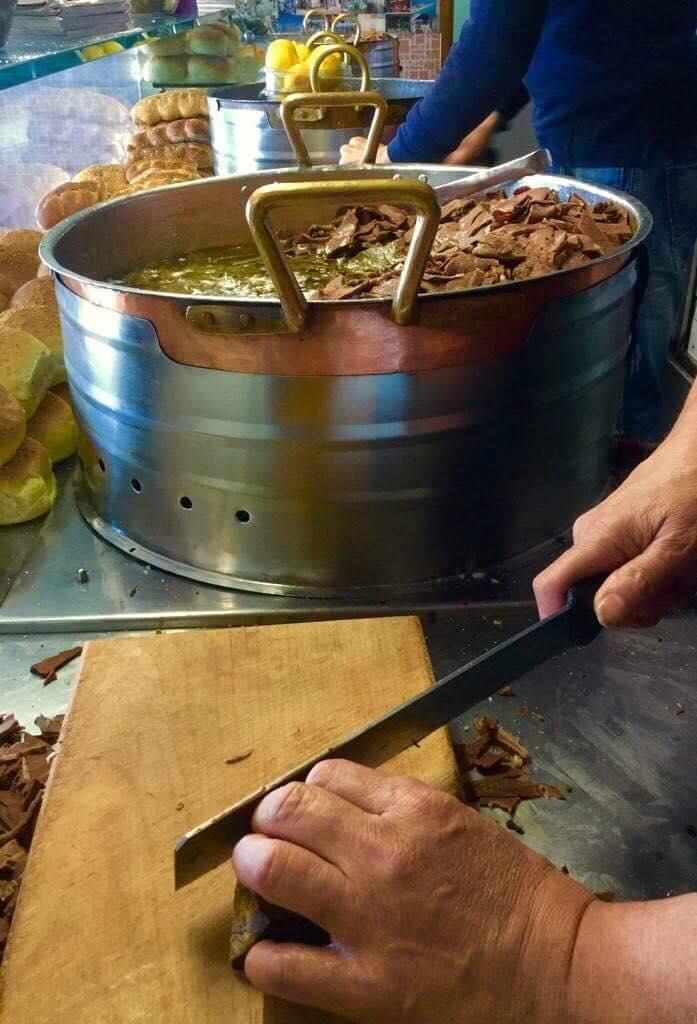 Preparation of the pane con la milza - ph Fabio Cavasenna