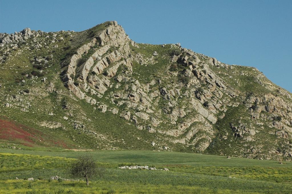 Stratificazioni rocciose in Contrada Caprara