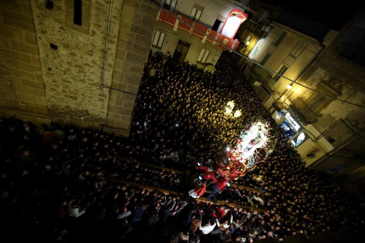 Barrafranca U Trunu ph Giuseppe Bonasia pasqua in sicilia