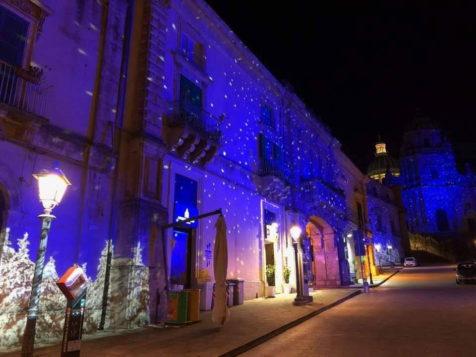 Ragusa Ibla illuminata a festa - Ph.Santi Tiralosi