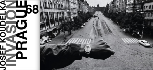 """Invasion Prague 68"" di Josef Koudelka"