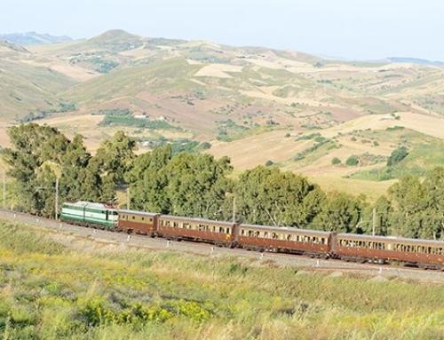 Il treno dei dolci e degli agrumi lungo la costa ionica