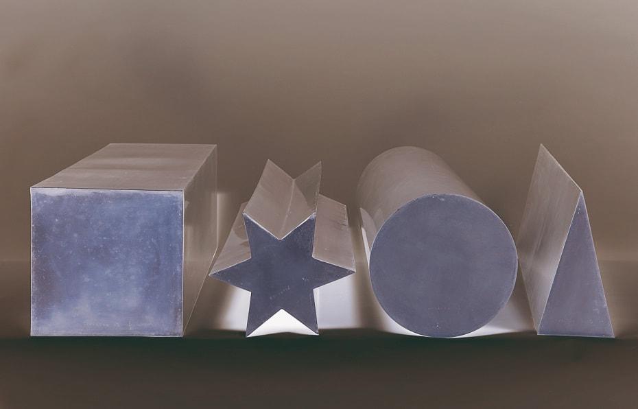 3-consagra-spessori-in-prospettiva-quadrato-stella-disco-triangolo-4-elementi-in-ottone-1968-lgt_orig