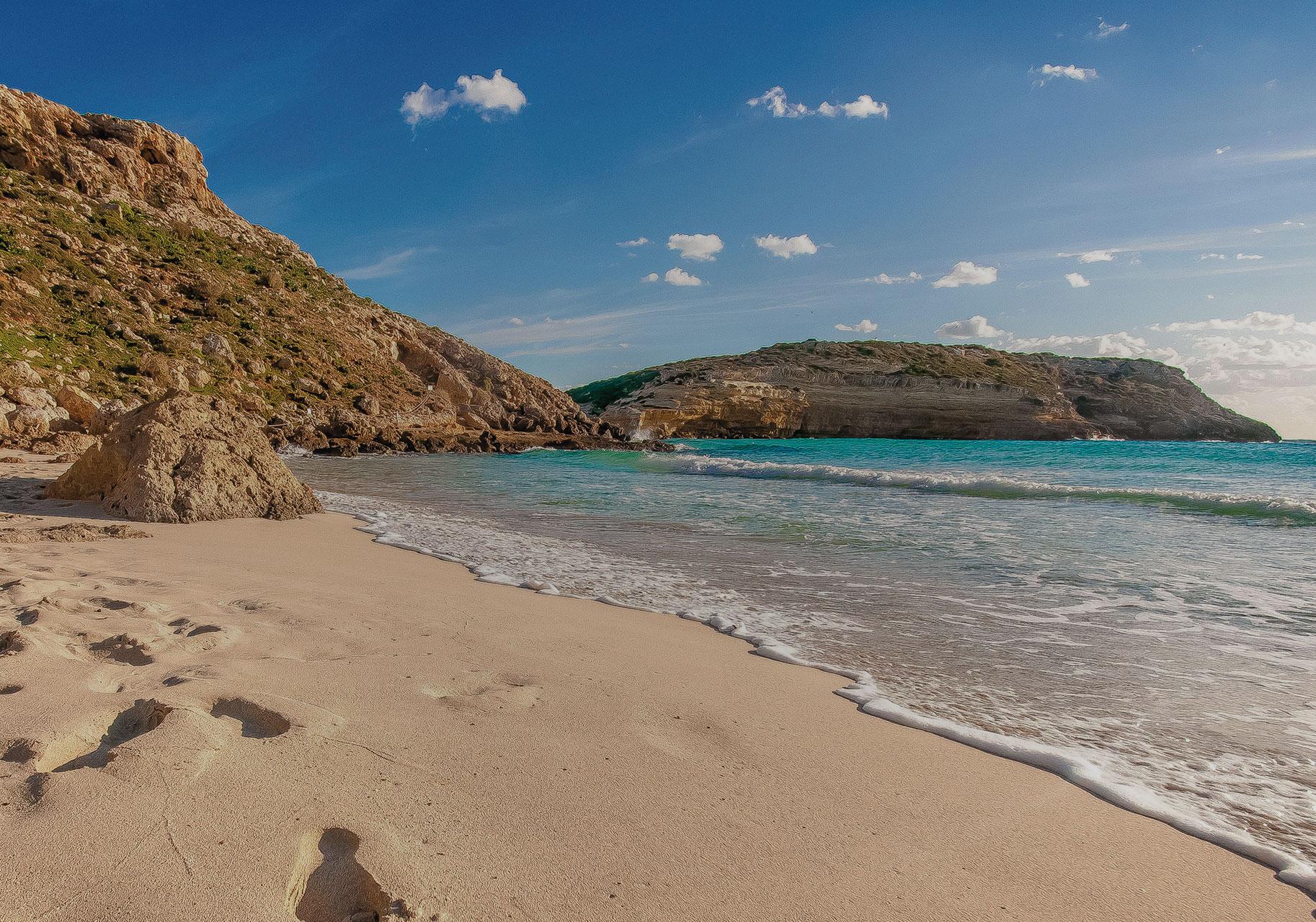 Spiaggia dei Coniglia Lampedusa - ph. Emanuele Manciavillano