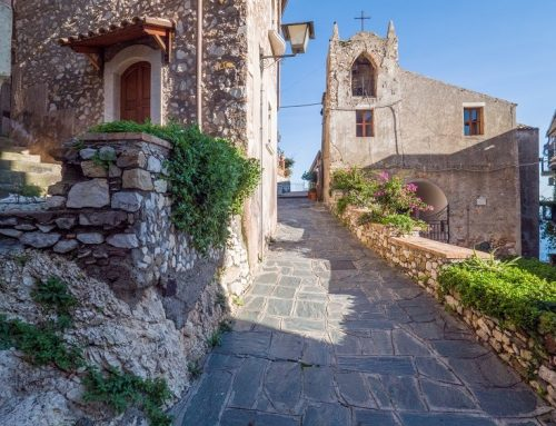 Slow holidays to discover Sicilian villages