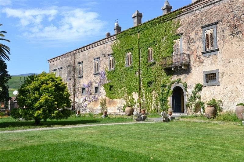 Castello di Nelson. Ph. buonastrada.eu, via Visit Sicily.